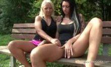Sexy Cora – Lesbenspiele im Stadtpark