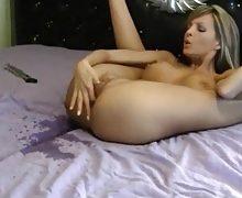 Lara Love – Squirting Orgasmus vor der Cam