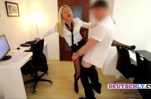 Daynia – Schlampige Sekretärin in den Arsch gefickt