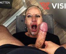 Lara Cumkitten – Spermawalk nach Sex in der Umkleidekabine