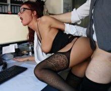 NickyNight – Chef beim Masturbieren erwischt